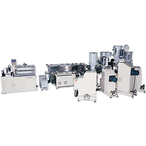 Multi-Layer Co-Extrusion Line EDC-08-05