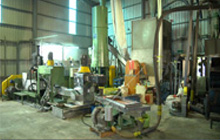 Side Entrance System With Force Feeding System Die-Face Recycling Machine